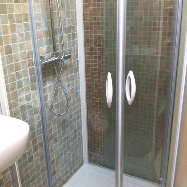 Itsasondoan biarritz salle d 39 eau - Robinet thermostatique douche bloque ...